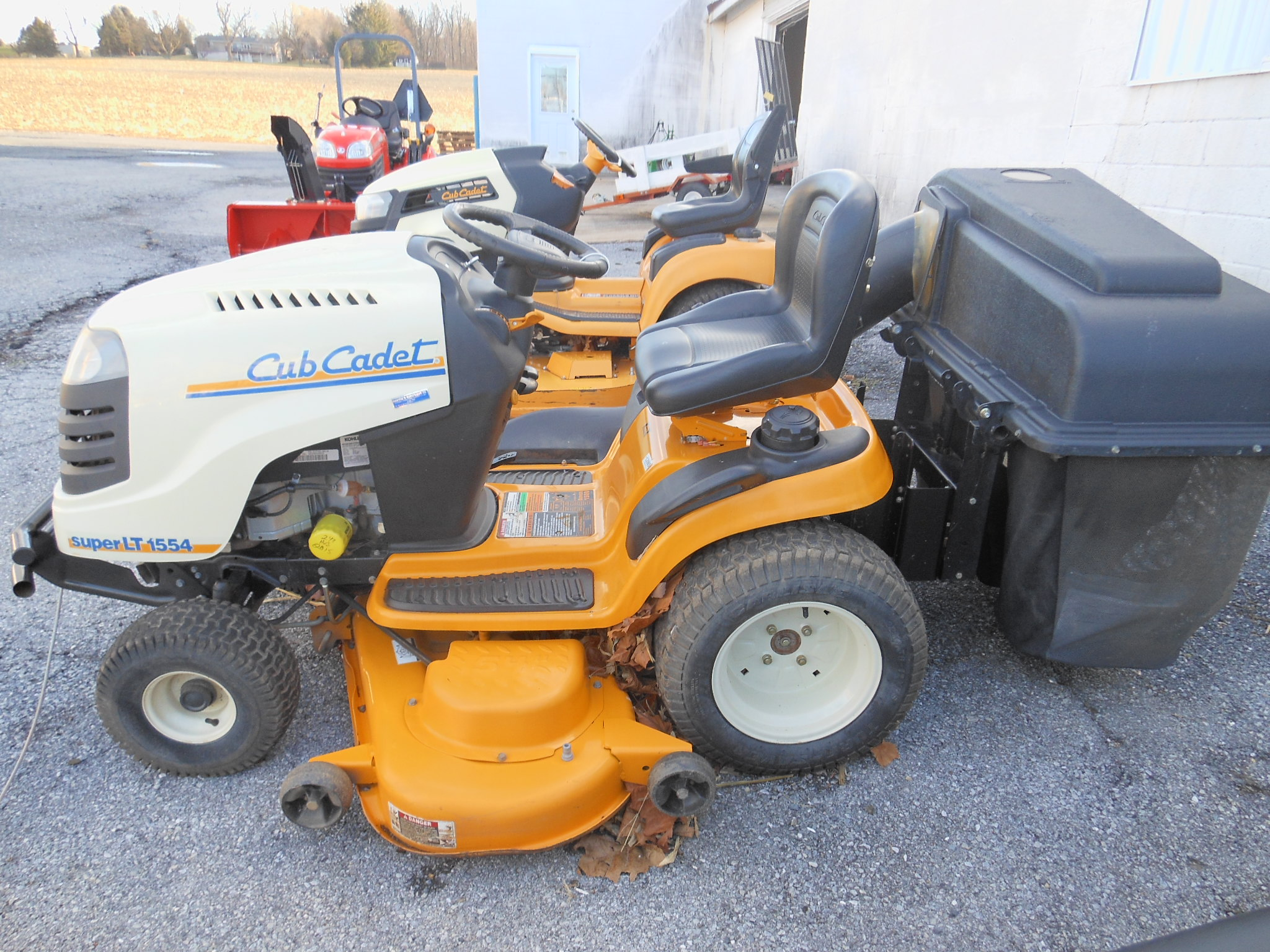 Used lawn garden equipment umbergers of fontana for Used lawn and garden equipment